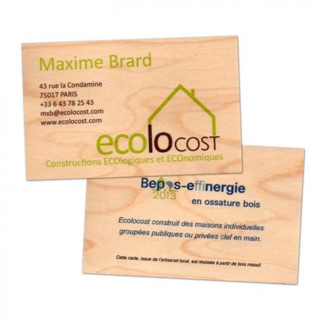 Essences disponibles pour les cartes de visite en bois : érable, chêne ou cèdre.