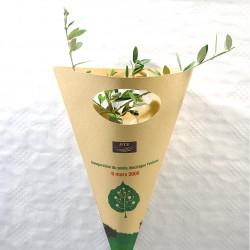 Plant d'arbre à offrir en cornet kraft personnalisable